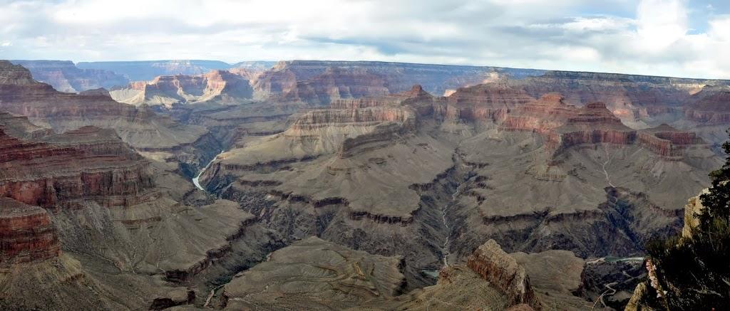 Vue magique sur le Colorado... tout au fond du Canyon